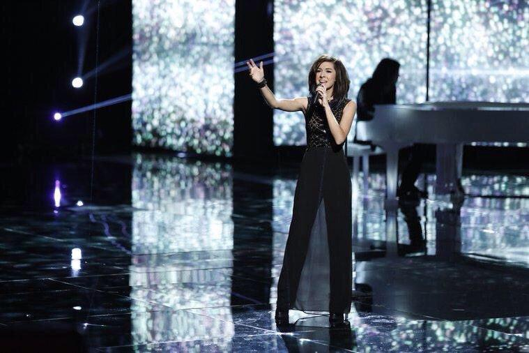 """Christina Grimmie Performs """"With Love"""" Live On 'The Voice"""
