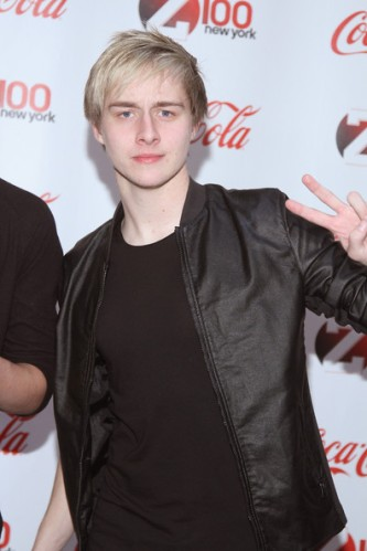 Connor+McDonough+Backstage+Z100+Coca+Cola+Ktb4HPf89MVl