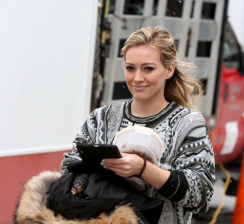 hilary-duff-on-the-younger-set-in-new-york-1112_1