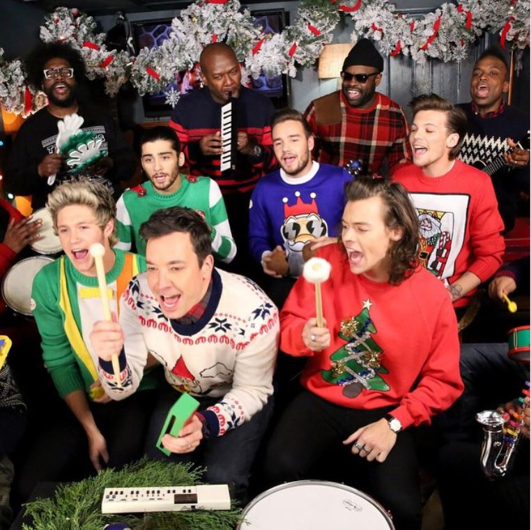 """One Direction Performs """"Santa Claus Is Coming To Town"""" With Jimmy ..."""