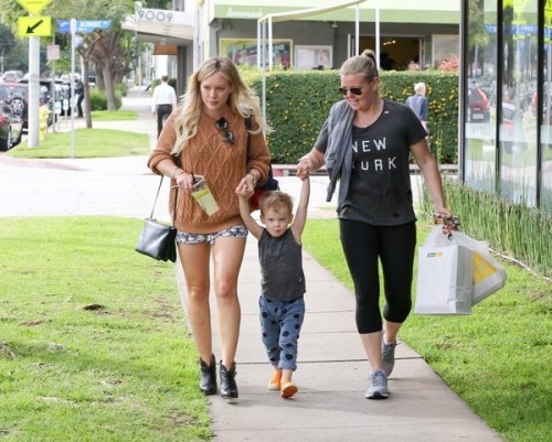 Hilary+Duff+Hilary+Duff+Gets+Lunch+Luca+yrA7pwZRojGl