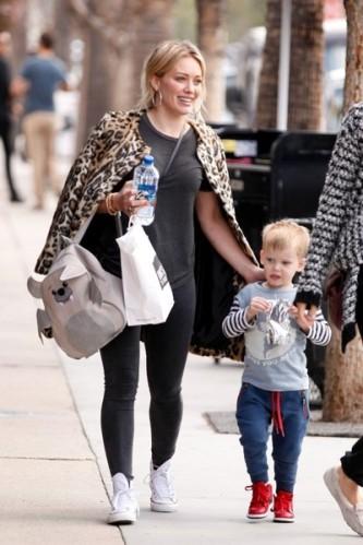 Hilary+Duff+in+leopard+print+U8BCbDUqI0vl