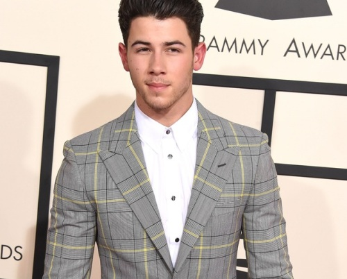 nick-jonas-hosting-kca-2015