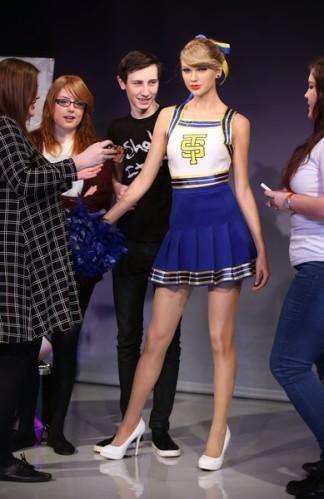 Taylor+Swift+Madame+Tussauds+Unveil+Taylor+bSKYqNTRLbhl